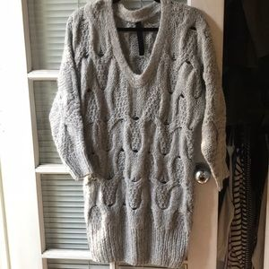 Gestuz Gray Thick Knit V Neck Sweater Tunic Small